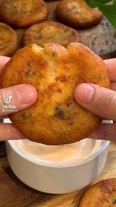 Fun Baking Recipes, Cooking Recipes, Simple Food Recipes, Cooking Videos, Food Vids, Think Food, Aesthetic Food, Food Cravings, Diy Food