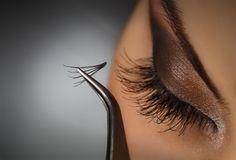Foolproof tips for applying fake eyelashes