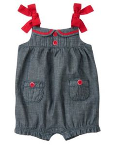 Baby Chambray Bow Chambray Bubble One-Piece by Gymboree. So precious in chambray. Our comfy bubble one-piece features a cute collar tipped with grosgrain ribbon plus tipped buttons on the pintucked front. Finished with bow straps and button pockets. Toddler Outfits, Kids Outfits, Toddler Girl Romper, Sailor Baby, Collar Tips, Girls Rompers, Gymboree, Simple Dresses, Chambray