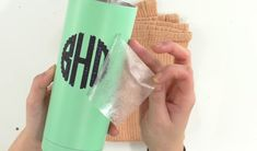 How To Iron-On Tumblers - Makers Gonna Learn Candy Bouquet Diy, Diy Bouquet, Cricut Tutorials, Cricut Ideas, Iron On Letters, Diy Tumblers, Cricut Craft Room, Circuit Design, Easy Diy Gifts