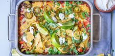 This Scratch Mexicali Chicken Sheet Pan Nachos Simply Scratch is a best for your dessert made with wholesome ingredients! Appetizer Dips, Appetizers For Party, Oven Recipes, Snack Recipes, Snacks, Chicken Recipes, Dip Recipes, Mexican Dishes, Mexican Food Recipes