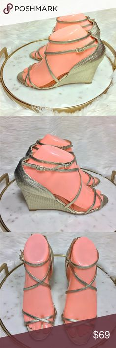 BADGLEY MISCHKA STRAPPY WEDGE HEEL SANDALS SHOES BADGLEY MISCHKA GOLD STRAPPY LEATHER WEDGE HEEL SANDALS SHOES    Women's Size: 7    Excellent Like New Condition! Badgley Mischka Shoes Heels