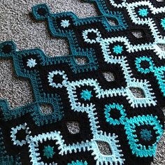 This blanket was inspired by an easy friendship bracelet pattern.