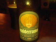 Cerveja Urbana Valderrama Specialty Ale, estilo Belgian Dark Strong Ale, produzida por Cervejaria Urbana, Brasil. 6.5% ABV de álcool.
