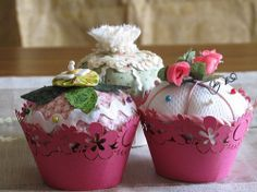 Cupcake pincushion patterns and tutorials