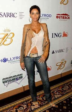 "Nicole Murphy Photos Photos: Columbia Pictures Presents A Screening Of ""Pineapple Express"" - Arrivals Nicole Murphy, Jennifer Lawrence, Blazer With Jeans, 50 And Fabulous, Lisa, Over 50 Womens Fashion, Beautiful Black Women, Vintage Tops, Swagg"