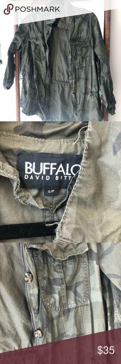 Shop Women's Buffalo David Bitton Green Black size S Jackets & Coats at a discounted price at Poshmark. Lightweight Jacket, Buffalo, Jackets For Women, David, Product Description, Camping, Coats, Best Deals, Womens Fashion