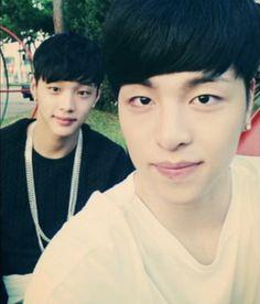 with Jin Hyung =))) Jung Jinhyeong, Yg Ikon, Lee Hi, Winner Ikon, Koo Jun Hoe, Ikon Debut, Cute Asian Guys, Kim Hanbin, Kpop