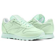 ec77efebdd62 202 Best Reebok Nylon images in 2018 | Shoes sneakers, Loafers ...