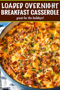 This make ahead breakfast casserole is a true family favorite! Perfect for a holiday breakfa. This make ahead breakfast casserole is a true family favorite! Perfect for a holiday breakfast, or anytime, it's loaded with bold flavors and is a cinch to ma Tater Tot Breakfast Casserole, Overnight Breakfast Casserole, Brunch Casserole, Sausage Breakfast, Breakfast Dishes, Casserole Recipes, Breakfast Recipes, Breakfast Strata, Make Ahead Breakfast Casseroles