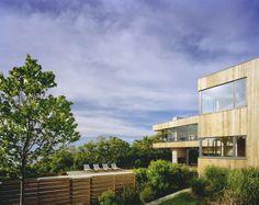 wood-wall-and-light-brown-exterior-modern-cantilever-house-design-ideas.jpg (1600×1270)