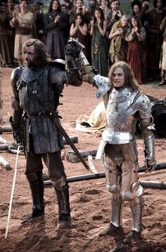 game of thrones costumes.loras tyrell jousting helmet and armour. sandor clegane