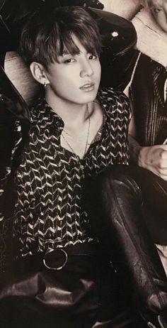 Jeon Jung Kook 전정국 || Kookie || Golden Maknae || BTS || 1997 || 179cm || Main Vocal || Rapper || Lead Dancer || Maknae