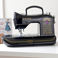 So coool!! Singer 160 Anniversay Edition Sewing Machine