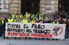 """Concentración: """"Diputación Foral de Bizkaia implicación"""" 19/02/2015 en Bilbao Organiza: Coordinadora de Desempladxs de Bizkaia +fotos: http://ecuadoretxea.blogspot.com.es/2015/02/concentracion-diputacion-implicacion.html"""