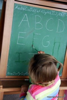 Disappearing Chalk Letters for Letter Learning and Recognition