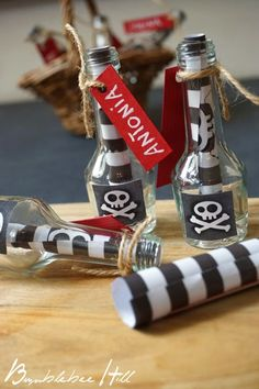 "The children's birthday was themed ""Pirates"". The invitations have . - DIY ideas The children's birthday was themed Pirate Party Invitations, Diy Birthday Invitations, Invitation Ideas, Pirate Birthday, Pirate Theme, Happy Birthday, Pirate Party Decorations, Minis, Happy Kids"