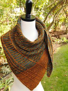 Crochet Shawls Paid Ravelry: Lochlyn Shawl pattern by Judy Marples - Knit Cowl, Knitted Shawls, Crochet Scarves, Knit Or Crochet, Crochet Shawl, Crochet Granny, Easy Crochet, Free Crochet, Crochet Bikini