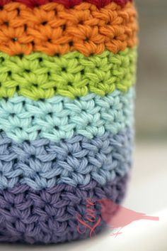 Love The Blue Bird: Crocheted Mason Jar Cover... (scroll down to comments for basic instructions)