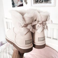 Best uggs black friday sale from our store online.Cheap ugg black friday sale with top quality.New Ugg boots outlet sale with clearance price. Ugg Boots Style, Ugg Boots Outfit, Ugg Shoes, Shoes Heels, Cute Uggs, Cute Boots, Ugg Snow Boots, Winter Boots, Designer Shoes