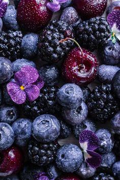La torta di crêpes Food Wallpaper, Colorful Wallpaper, Nature Wallpaper, Wallpaper Backgrounds, Iphone Wallpaper, Fruits Photos, Fruit Picture, Fruit Photography, Fruit Art