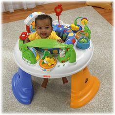 Cetro de Atividades Fisher Price. Todo colorido, cheio de brinquedos e sons.