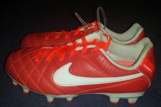 low priced c328e 82c3c Nike 1 US Unisex Youth Soccer Cleats   eBay