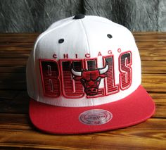 Chicago Bulls Mitchell   Ness Home Stand Liner Snapback Hat d55606a971a