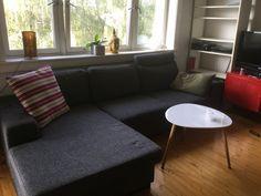 FINN – Fin, grå sofa med sjeselong selges pga flytting, mye finere enn på bildet...