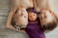 Sibling love! Two big brothers with their baby sister! Newborn photography By Abba Color Photography www.facebook.com/abbacolor www.abbacolor.blogspot.com