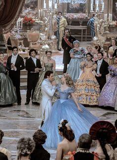 Richard Madden & Lily James in 'Cinderella' Cinderella Movie, Cinderella 2015, Cinderella Carriage, Cinderella Dresses, Disney Live, Disney Art, Disney Movies, Lily James, Cinderella Wallpaper
