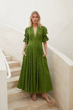 Spring wedding guest dress - 30 Spring Wedding Guest Dresses You Can Wear Times In 2019 – Spring wedding guest dress Kaftan Designs, Long Slip Dress, Different Dresses, Mode Hijab, Wrap Dress Floral, The Dress, Spring Dresses, Designer Dresses, Casual Dresses