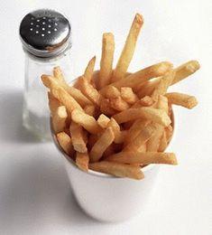 Fast Food tadında patates kızartması evde fast food tadında patates kızartması   Anne Kaz