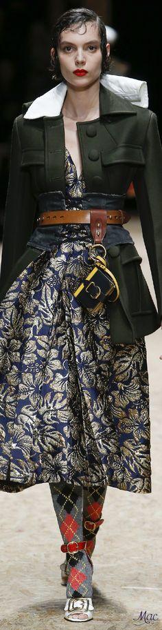 Fall 2016 Ready-to-Wear Prada