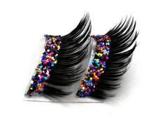 Spunky glitter fake eyelashes! This would be tons of fun for a neon dance, or maybe an 80s. I just want these cuz they look cool!