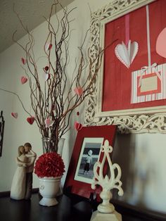 Valentines Mantle Tree