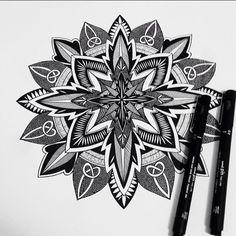 #mandala #mandalaart #zentangle #zendala #linework #zen #hippyart #blackmandala #blackart #boho #psychedelic #symmetrical #geometricmandala #hippie #ink
