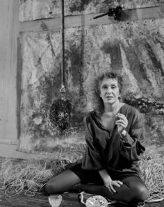 Carolee Schneemann - is an American visual artist, known for her discourses on the body, sexuality and gender.