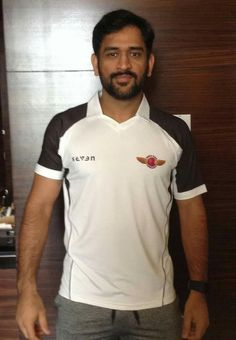 Excited for the new IPL journey with Rising Pune Supergiants. Cricket Whites, Ms Dhoni Wallpapers, Ms Dhoni Photos, World Cricket, Latest Cricket News, Hottest Guy Ever, Chennai Super Kings, Cricket Sport, Mahi Mahi