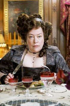 Kathy Bates - any questions? That is da bitch!