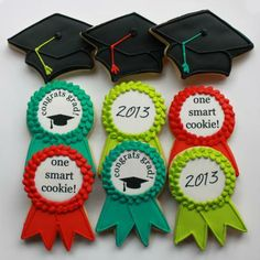 Cookie Gifts by Whipped Bakeshop by whippedbakeshop Fancy Cookies, Iced Cookies, Cupcake Cookies, Custom Cookies, Graduation Desserts, Graduation Cupcakes, Magnum Paleta, Sugar Cookie Royal Icing, Cookie Gifts