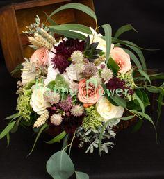 Buchet mireasa trandafiri capuccino Floral Wreath, Paintings, Wreaths, Home Decor, Floral Crown, Decoration Home, Paint, Door Wreaths, Room Decor