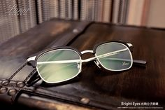 Lunor | 光明分子的眼鏡世界