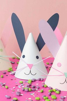 20 Fun Easter Crafts For Kids - Easter Art Projects for Toddlers and Preschoolers Toddler Art Projects, Toddler Crafts, Craft Projects, Diy And Crafts Sewing, Fun Crafts, Paper Crafts, Snowman Crafts, Crochet Crafts, Halloween Crafts