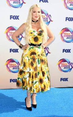 Tori Spelling at the Teen Choice Awards 2019