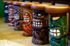 Tiki Bar | Inside a Hawaiian Restaurant, I saw these colorfu… | Flickr