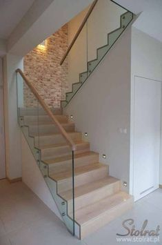 Realisierung 1 Stolrat Zakład Stolarski Józef Ratajczak Treppen Design Modern Jó delivers online tools that help you to stay in control of your personal information and protect your online privacy. Modern Stair Railing, Staircase Railings, Modern Stairs, Glass Stair Railing, Loft Staircase, Home Stairs Design, Railing Design, Interior Stairs, House Front Design