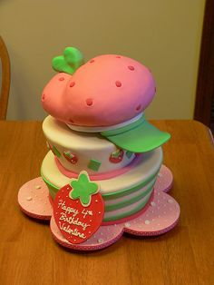 Strawberry Shortcake I think this will be awesome for my lil Bugg on her birthday! its a bit away but still awesome! Strawberry Shortcake Birthday, Strawberry Cakes, Fondant Cake Designs, Fondant Cakes, Baking Cupcakes, Cupcake Cookies, Movie Cakes, 3rd Birthday Cakes, Cake Tutorial