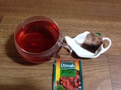 Dilmah - Naturally Spicy Berry  상큼하면서도 자극적인 맛... 추운 날 먹으면 좋아서 가끔 먹는 허브티...