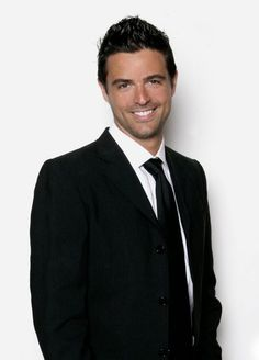John Gidding in Curb Appeal: The Block...Love this guy and his show.